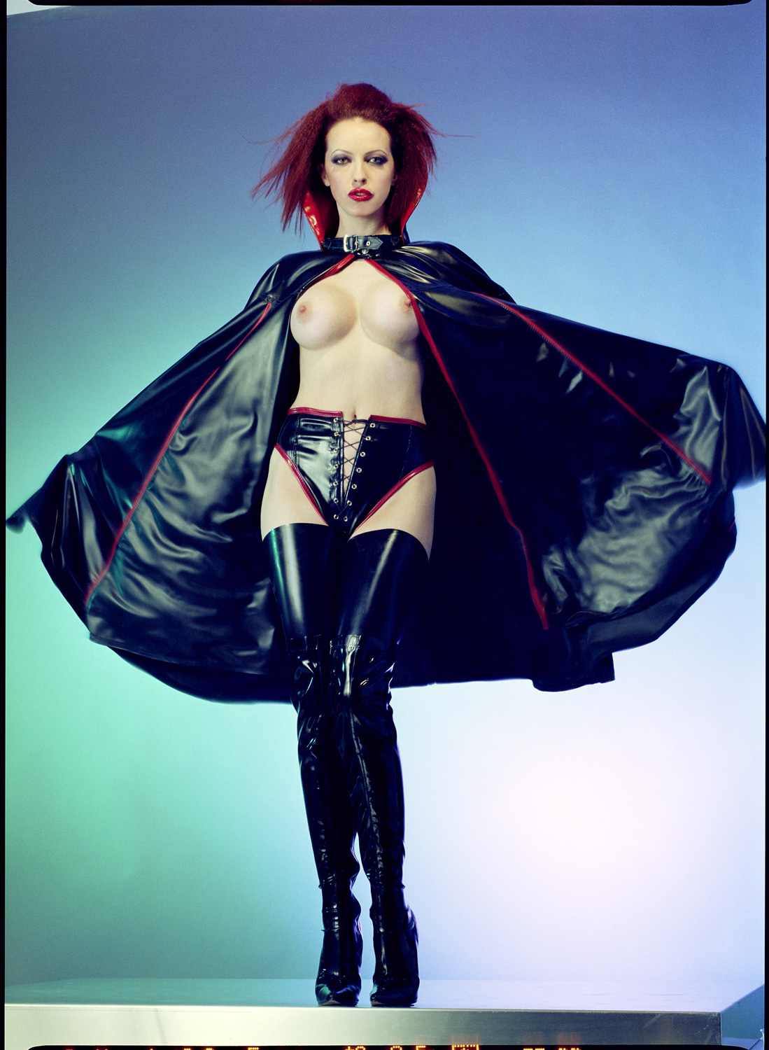 Vamp Collar Cape