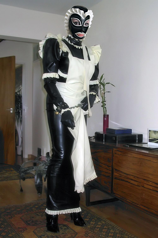 Parlour Maids Outfit
